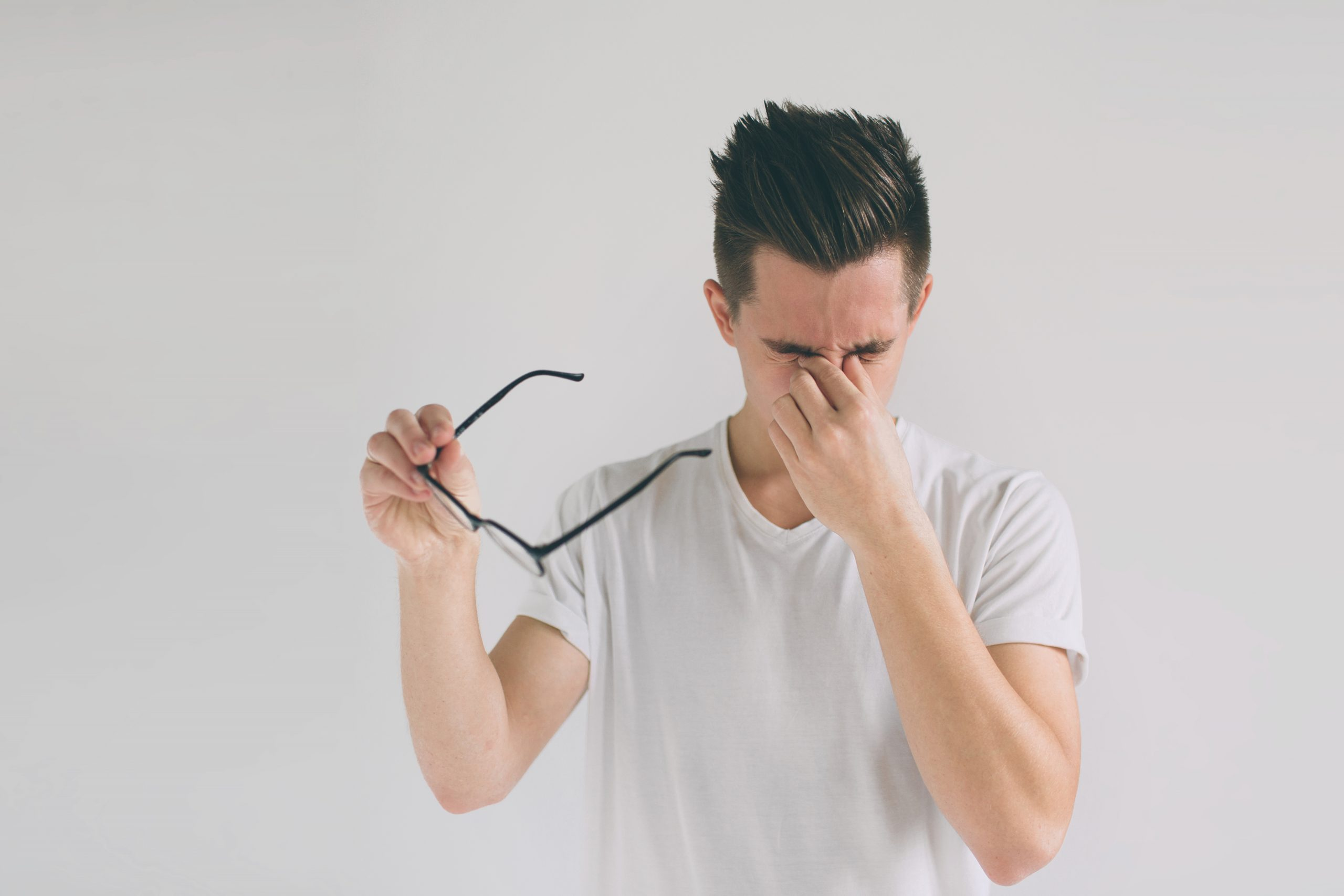 7 Bad Habits that Affect Eyesight